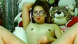 Cute Asian Tranny Wanking..
